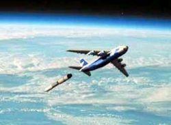 Первый старт спутника с самолета произведут в 2010 году