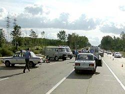 Женщина на Peugeot врезалась в группу детей в Подмосковье