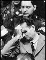 Советских военных обвинили в издевательствах над Рудольфом Гессом