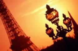 Парижане устали от рекламы