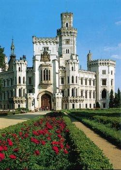Замок XIX века сдается под Воронежем