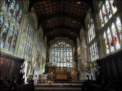 В Великобритании начали рекламировать церкви