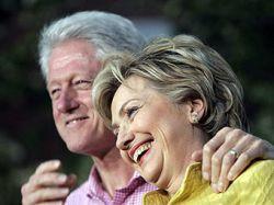 Билл Клинтон вступился за политическую репутацию жены