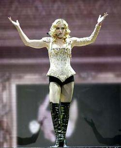 Мадонна стала кандидатом на включение в Зал славы рок-н-ролла