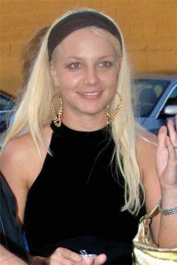 Папарацци застукали Бритни Спирс без косметики