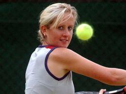 Тренер по теннису попала под суд за лесбийскую связь с 13-летней ученицей