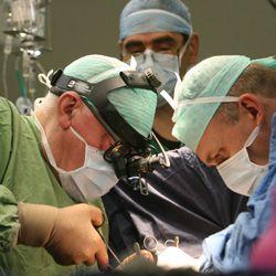 Вчера впервые в России Лео Бокерия вживил подростку искусственный левый желудочек сердца