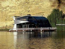 Потрясающая 5-звездочная гостиница на воде (фото)