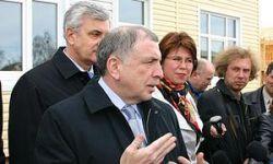 В Новгородской области будут производить отечественные внедорожники