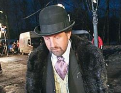 Леонида Ярмольника выгнали со съемок и сняли с роли