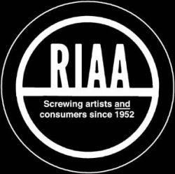 RIAA требует с американки 1,2 миллиона долларов за файлообмен