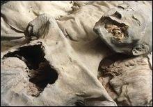 В Белоруссии муж больше года жил с мумией жены