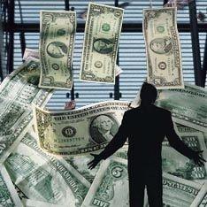 Доллар берет реванш у рубля и евро