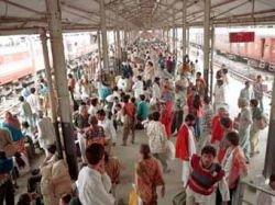 13 женщин погибли в давке на индийской железнодорожной станции