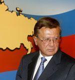 Зубков потребовал от регионов еженедельный отчет