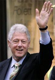 Билл Клинтон поможет жене восстановить образ Америки