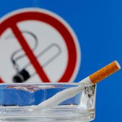 Пассажирам круизных лайнеров запрещают курить
