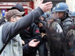 Иммигранты вновь громят Францию