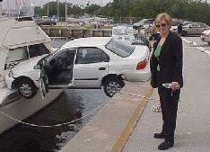 Доказано, что женщины не умеют парковаться