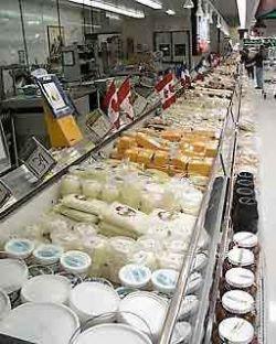 Рост цен вышел за рамки прогноза: масло и сыр подорожали на 13%, признал Росстат