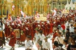 В Мьянме тайно сжигают трупы, чтобы скрыть число убитых