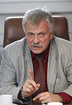 Рекламоносители в центре Москвы и на основных трассах будет утверждать худсовет