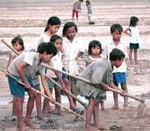 Россия злоупотребляет дешевым детским трудом