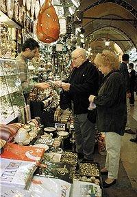 Российские пенсионеры стали активно путешествовать по миру