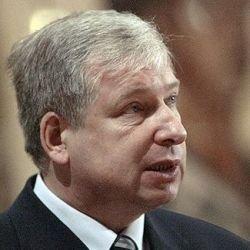Виктор Черкесов призвал чекистов вести внутренние разборки в закрытом режиме