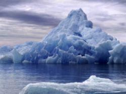 У берегов ЮАР впервые появился айсберг