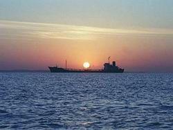 Нефтепровод в обход Ормузского пролива начал работу