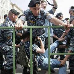 Россию захлестнут беспорядки