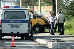 Нарушитель ПДД тащил автоинспектора по асфальту 30 метров