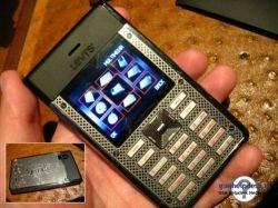 Мировые бренды ударились в выпуск собственных телефонов