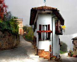 Самые узкие дома в мире (фото)