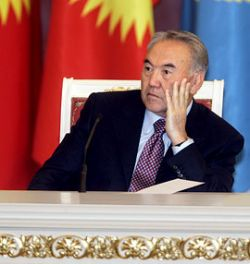 Казахстан на грани финансового кризиса