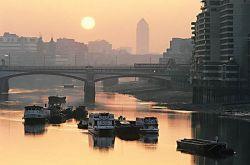 Российские олигархи взвинтили цены на дома в Лондоне