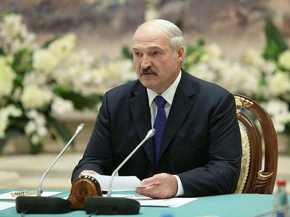 Президент Белоруссии повысил пенсионный возраст