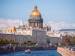 Названы самые популярные направления на День России