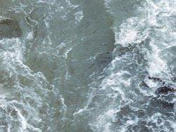 В Карелии погиб ребенок, которого волной смыло с катера