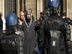 Франция начала наступление на ислам