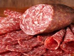 Ученые: колбаса вредна для здоровья