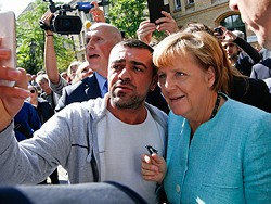 Меркель отказалась считать беженцев переносчиками терроризма