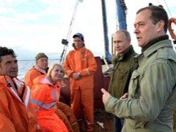 Как Путин и Медведев случайно повстречали рыбаков
