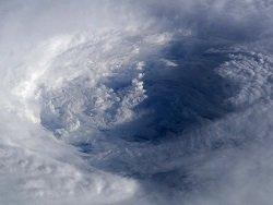 """Из-за урагана """"Мэтью"""" в странах Карибского бассейна погибли не менее 25 человек"""