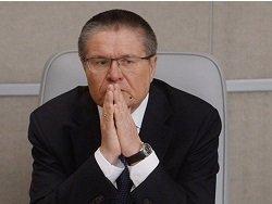 Reuters: Игорь Сечин присутствовал при передаче чемодана с деньгами Алексею Улюкаеву