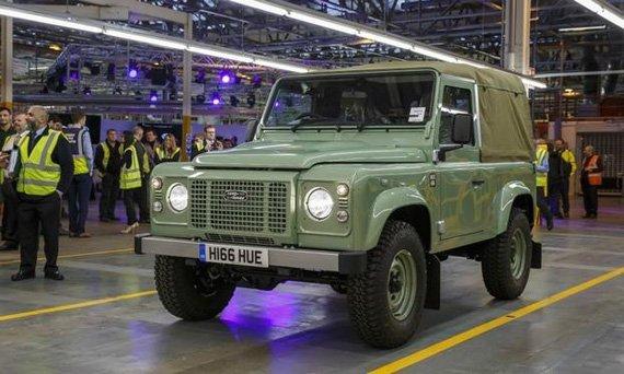 Дух Land Rover Defender будет возрожден химической компанией