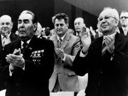 Да здравствует СССР, или Как Путин стал Брежневым
