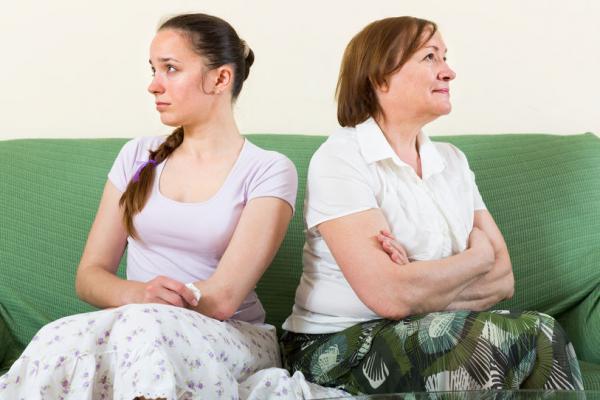 муж после развода выгоняет из квартиры
