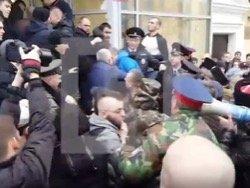 Навального избили в Волгограде